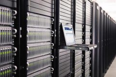 如何选择网站空间和服务器有利于seo优化?新手站长必须知道